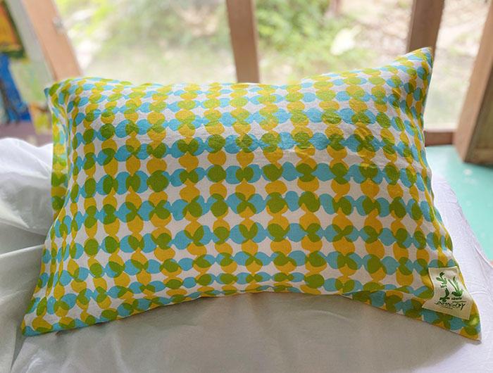 黄色と水色のダンゴクロス の枕カバー<br>Phillow Case - Dango cross yellow and blue
