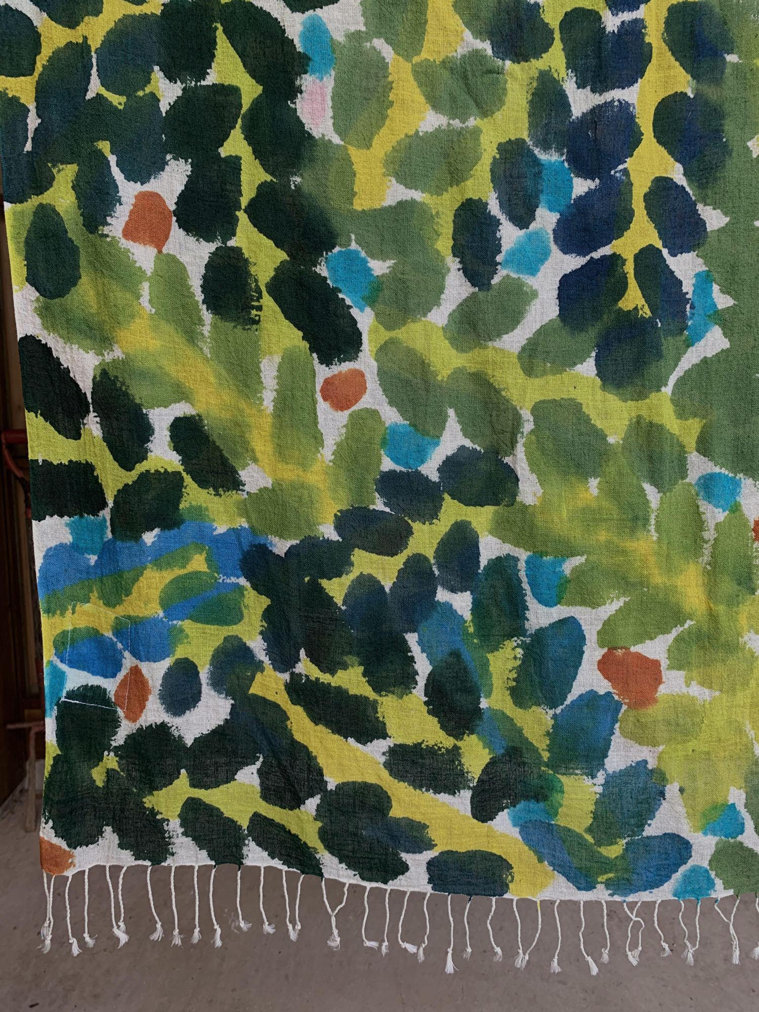 緑の葉っぱのショール